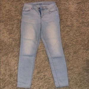 Mid-rise Old Navy skinny jeans